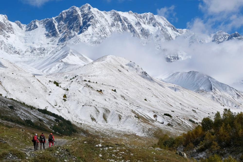 Le Mont Chkhara, plus haut sommet de la Géorgie